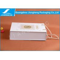 Offset Printed Cardboard Paper Essential Oil Packaging Boxes With Handle
