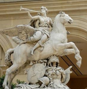 馬の大理石の彫刻を持つ人